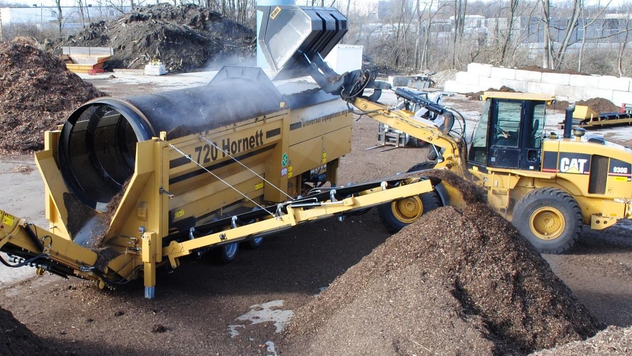 MM-Mulch-Manufacturing-5-e1410548169696